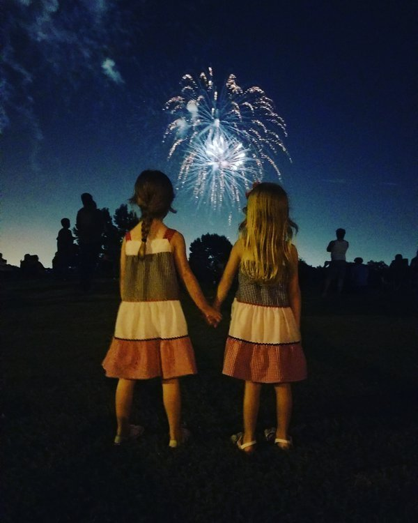 American girls on 4th of July thumbnail