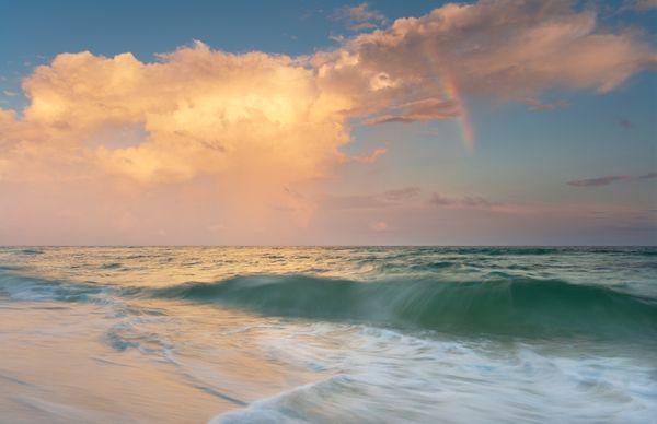Rainbow over the Gulf of Mexico, Canon EOS 5D Mark II thumbnail