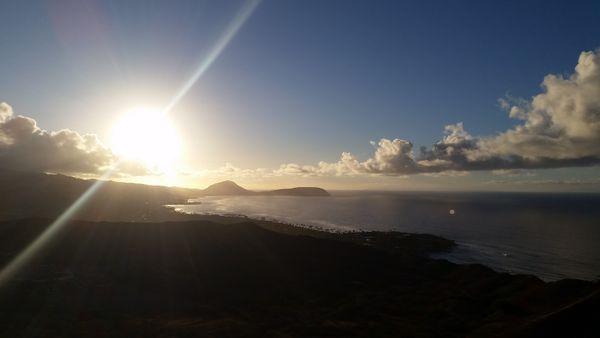 Sunrise - Diamond Head - Oahu Hawaii thumbnail