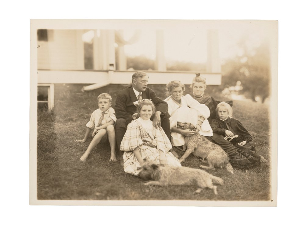 Portrait of the Tarbell family and their dogs, circa 1905, Edmund C. Tarbell papers, circa 1855-circa 2000, bulk 1885-1938. Archives of American Art, Smithsonian Institution.