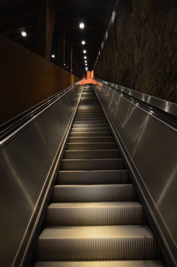Escalator to the castle. thumbnail