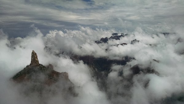 Clouds rolling through the Grand Canyon thumbnail