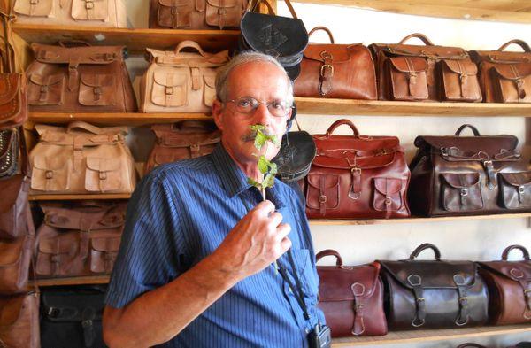 Stinky leather shop thumbnail