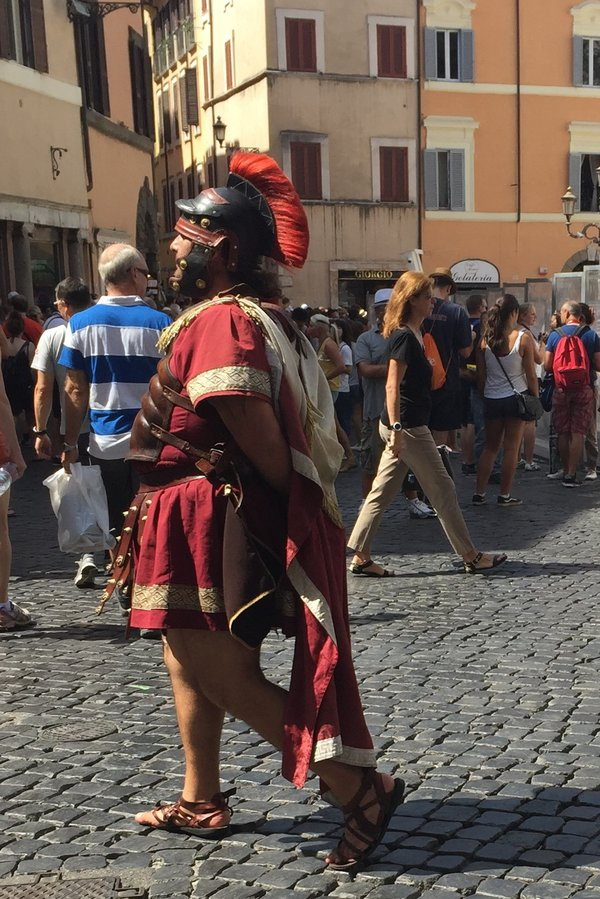 Gladiator at the Trevi Fountain 2015 thumbnail