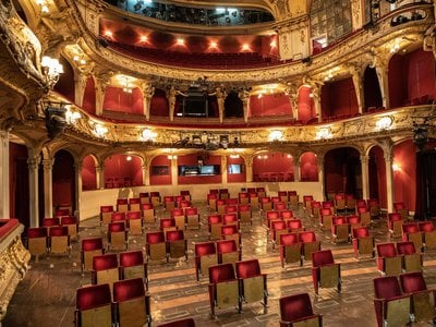 A view of the modified seating arrangement at the Berliner Ensemble