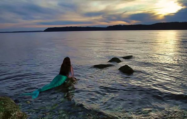 Mermaid at Sunset thumbnail