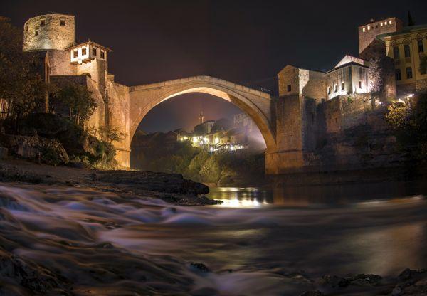 Mostar bridge by night thumbnail