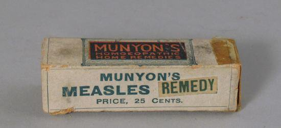 A box of Munyon's Measle Remedy, priced at 25 cents