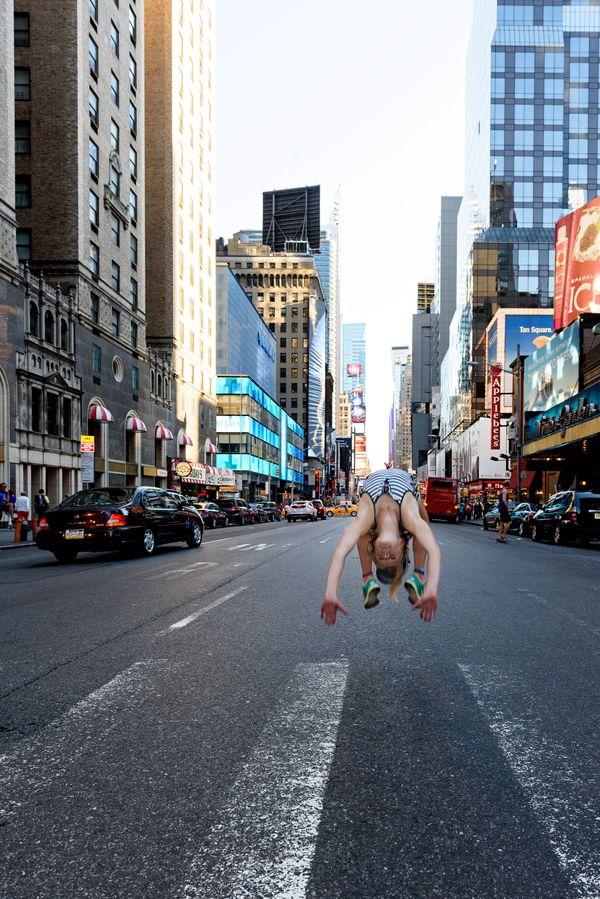 A backflip in 7th Avenue NY thumbnail