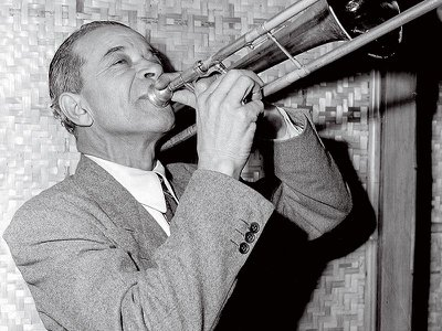 Ory in November 1945, during his comeback after working as a janitor.