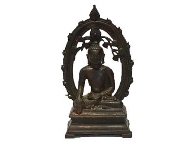 Image of the 12th-century Buddha statue