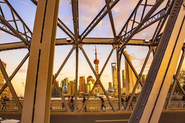 Waibai du Bridge on Suzhou River in Shanghai thumbnail