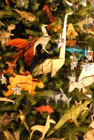20110520083255dinosaur-tree.jpg