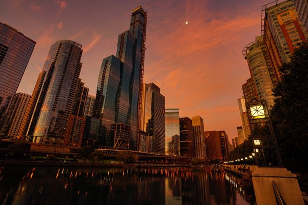 Moon and Chicago thumbnail