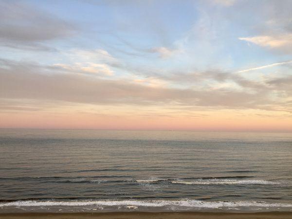 Virginia Beach at sunset  thumbnail