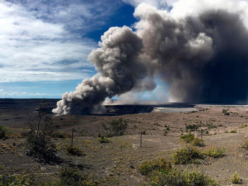 Ash Cloud Hawaii Volcano