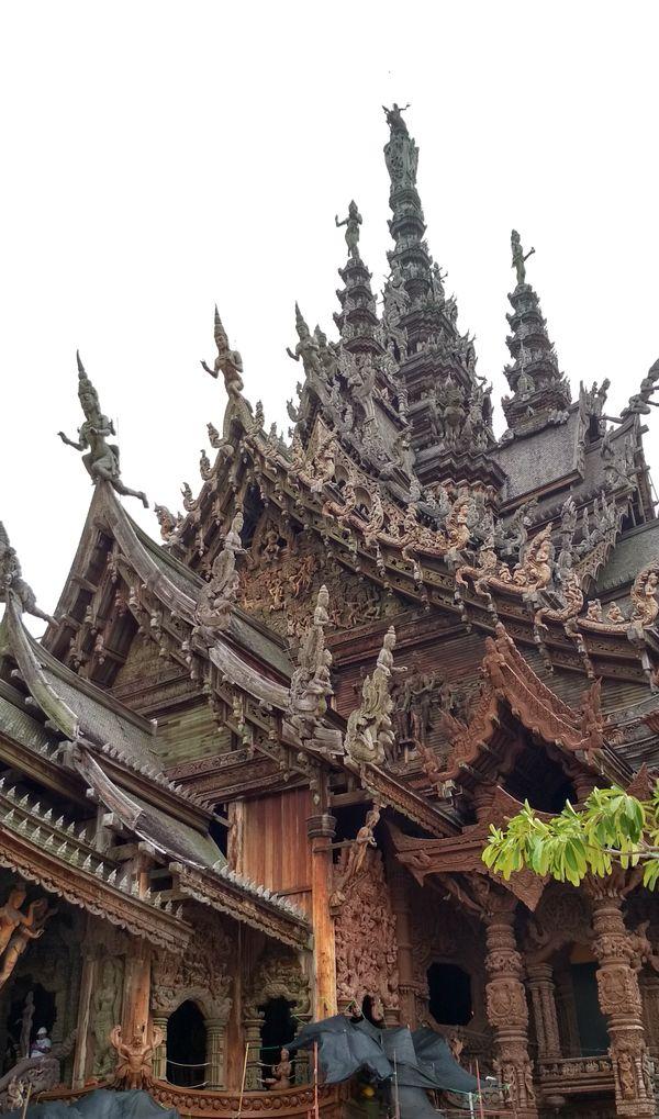 храм истины в таиланде thumbnail