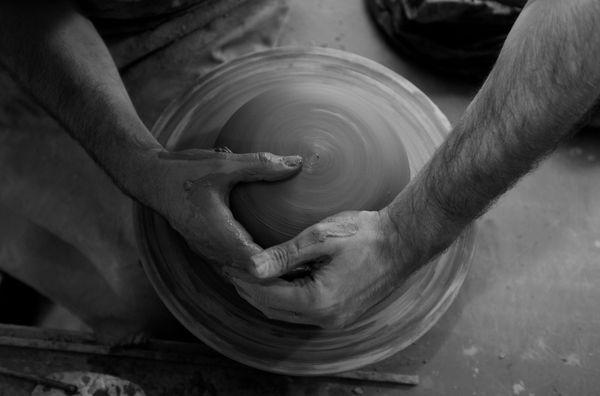 pottery artisan thumbnail