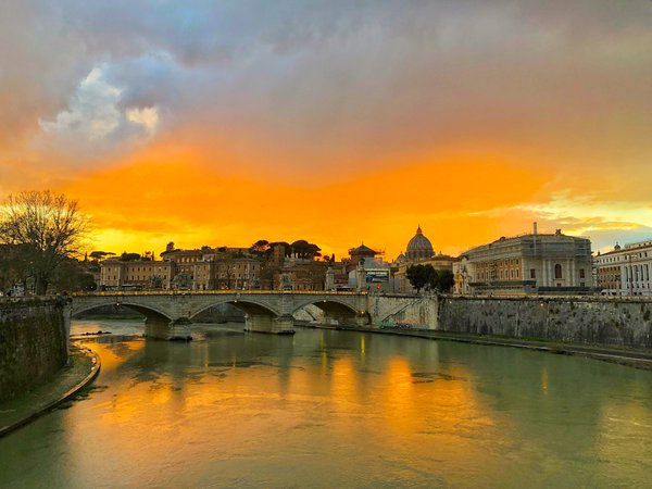 Sunset in Rome thumbnail