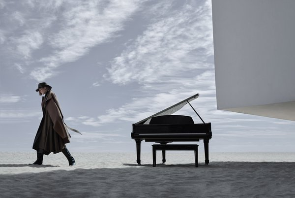 the pianist by the sea thumbnail