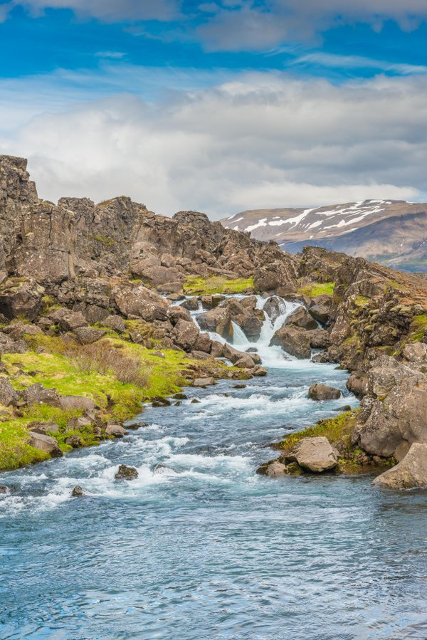 Cascading brook in Thingvellir National Park, Iceland thumbnail