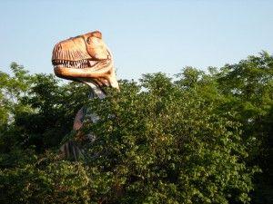 20110520083217tyrannosaurus-kentucky-trees-300x225.jpg