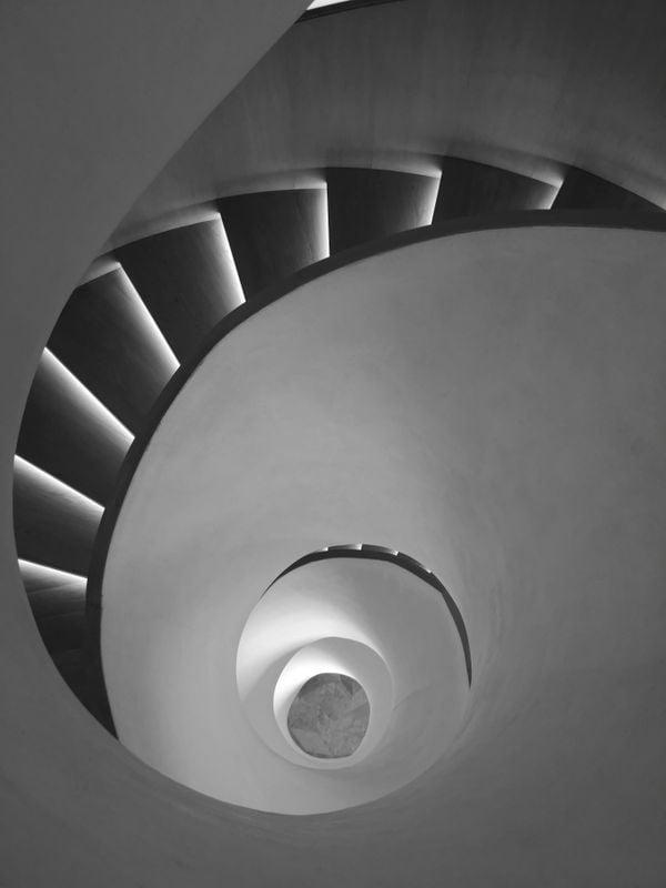 Spiral: divine proportion thumbnail