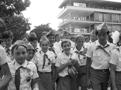 American girl Samantha Smith (center) visited the U.S.S.R. on the invitation of General Secretary Yuri Andropov in July 1983. Here, she's visiting the Artek pioneer camp.
