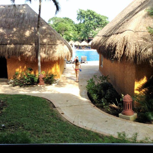 Resort impressions. Playa del Carmen.   Resort everyday life. thumbnail