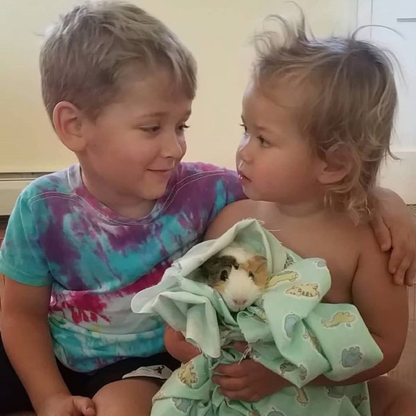 Siblings and pet thumbnail