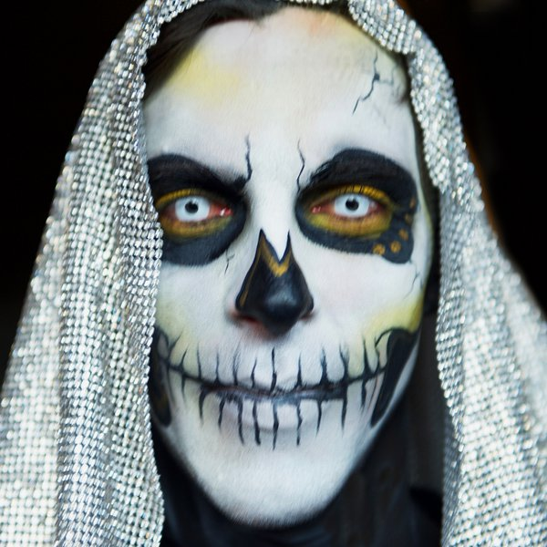 Day  of the Dead makeup thumbnail