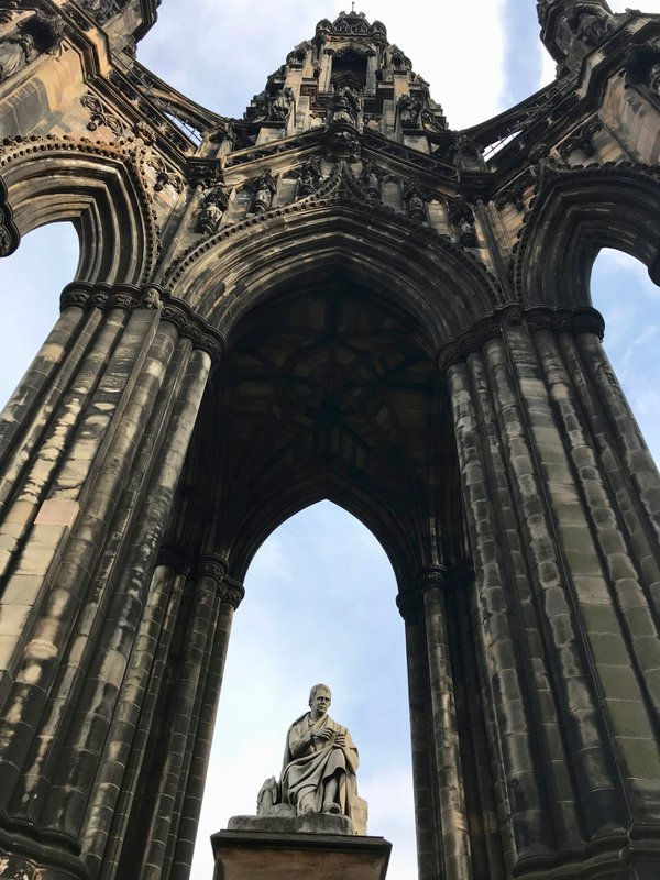 Monument to Sir Walter Scott thumbnail