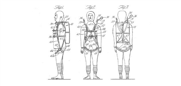 Floyd Smith, patent 1,462,456 for a parachute pack and harness, 1919