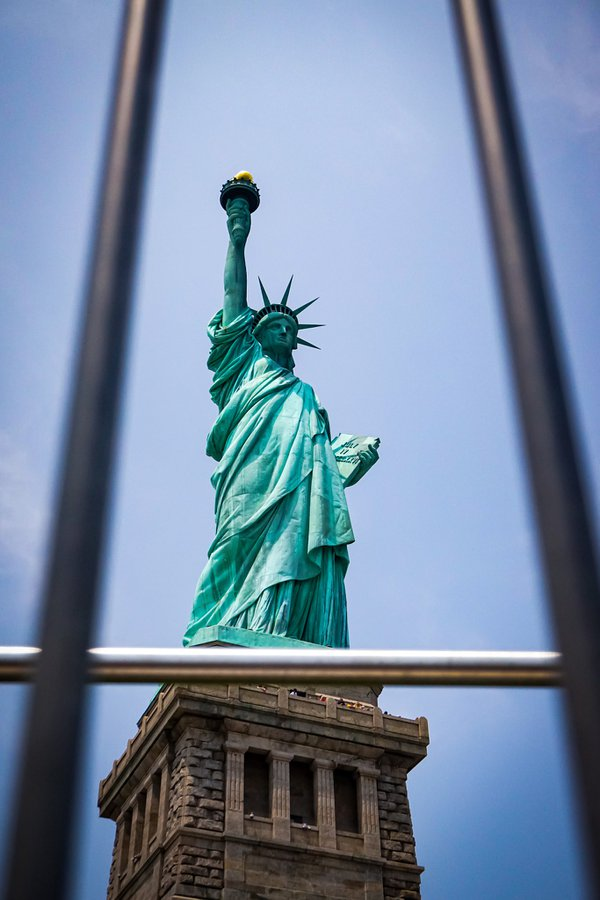 Statue of Liberty behind bars thumbnail