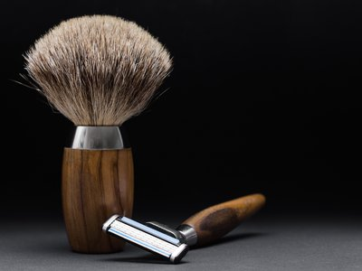 During World War I, a critical shaving tool caused critical illness in hundreds of people.