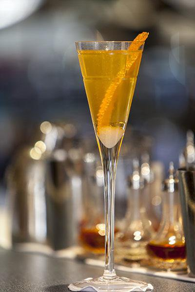 Make These Eight Famous Cocktails From Bars Around the World
