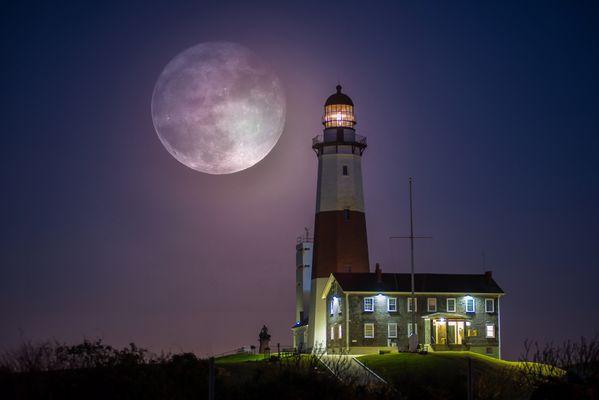 Stan Dzugan-(Moon over Montauk) thumbnail