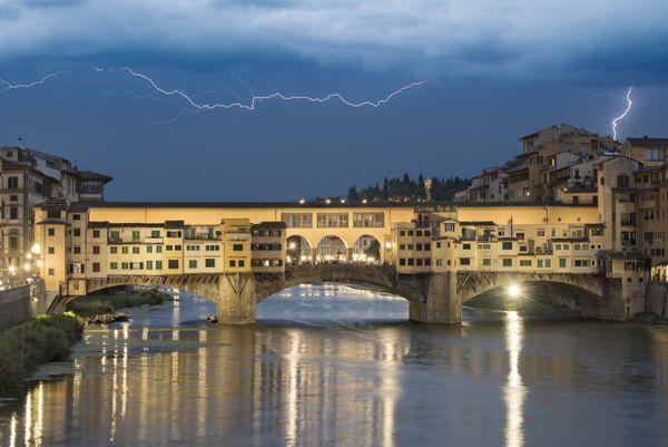 Spotlight on Ponte Vecchio thumbnail