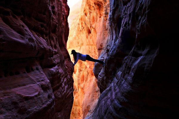 Hiking a trail near Antelope Canyon Arizona thumbnail