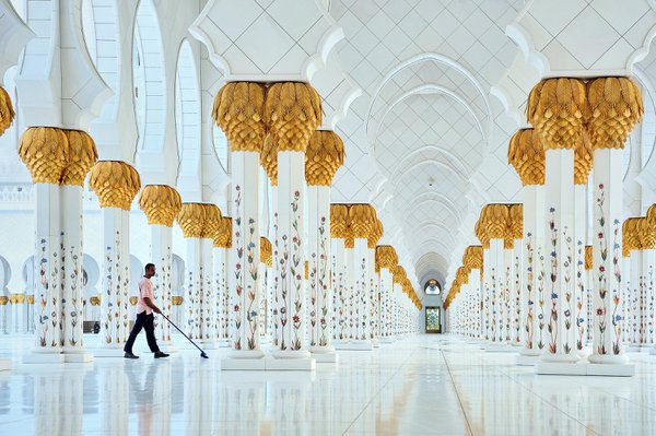 Sheikh Zayed Grand Mosque thumbnail