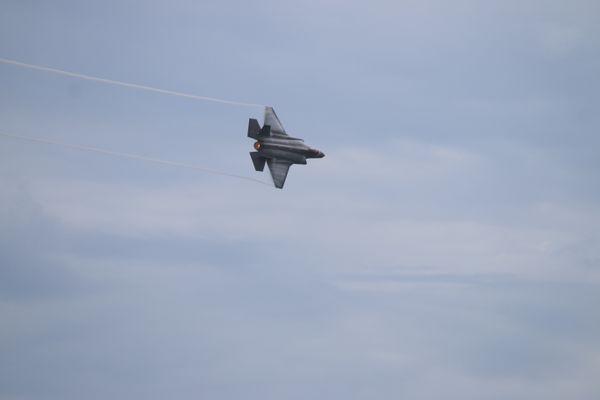 Speeding Through the Sky F 35 A Lightning Fast thumbnail