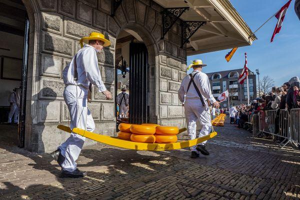 Kaasmarkt Cheese market at Alkmaar thumbnail
