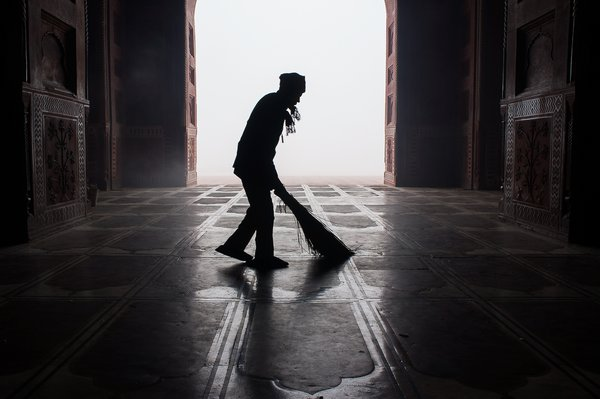 Cleaning the Mosque thumbnail