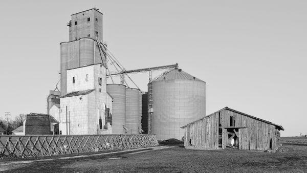 Prentice Grain Elevator, Philadelphia, Illinois thumbnail