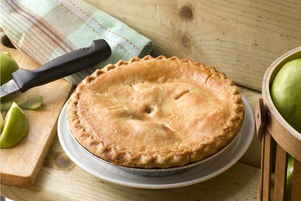Making Apple Pie thumbnail