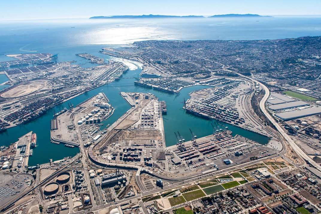 Is Zero-Emission Freight Possible? The Port of Los Angeles Thinks So