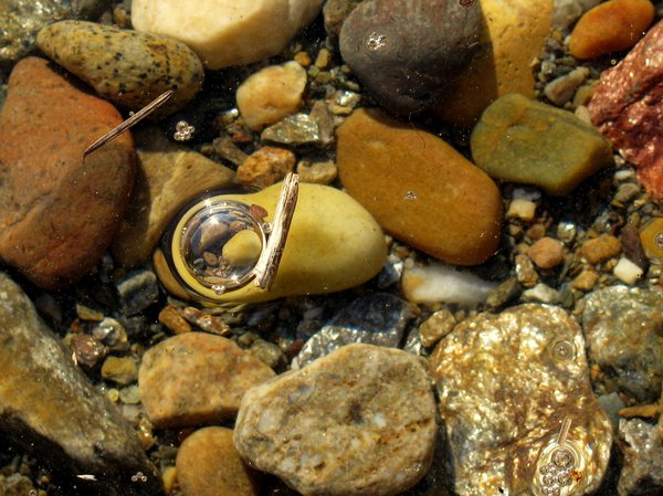 Rocks In Bubbles thumbnail