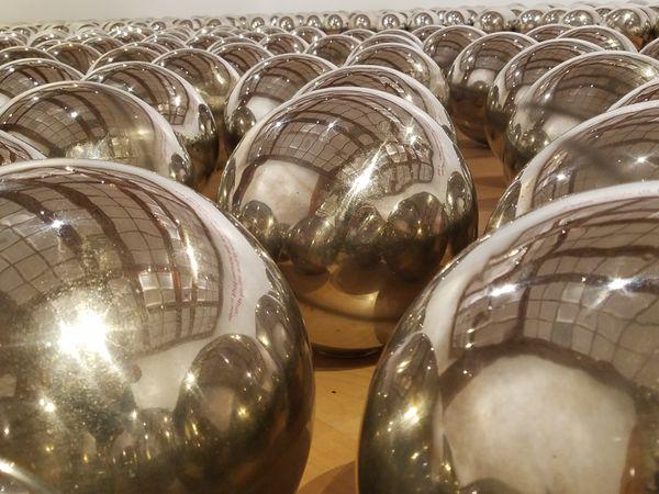 Shiny Balls thumbnail