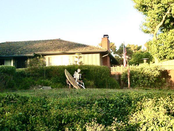 House of a surfer near Seacliff Beach thumbnail