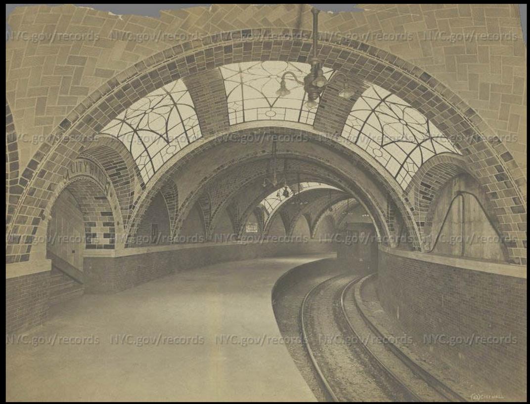 The original City Hall subway station, 1904.